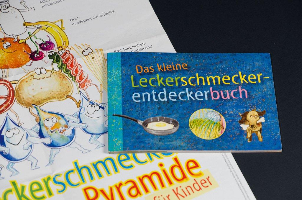 Leckerschmeckerentdeckerbuch und Plakat